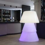 Luminaire design en polyéthylène déco restaurent